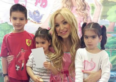 כוכבת הילדים מירי תשירי -הצגות לילדים