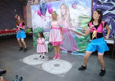 ריקודים ביום הולדת - הפעלה ליום הולדת עם ריקודים, שירים והמון שמח